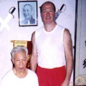Maestro Neldo Sacomani con su Sifu el GM Lun Gai